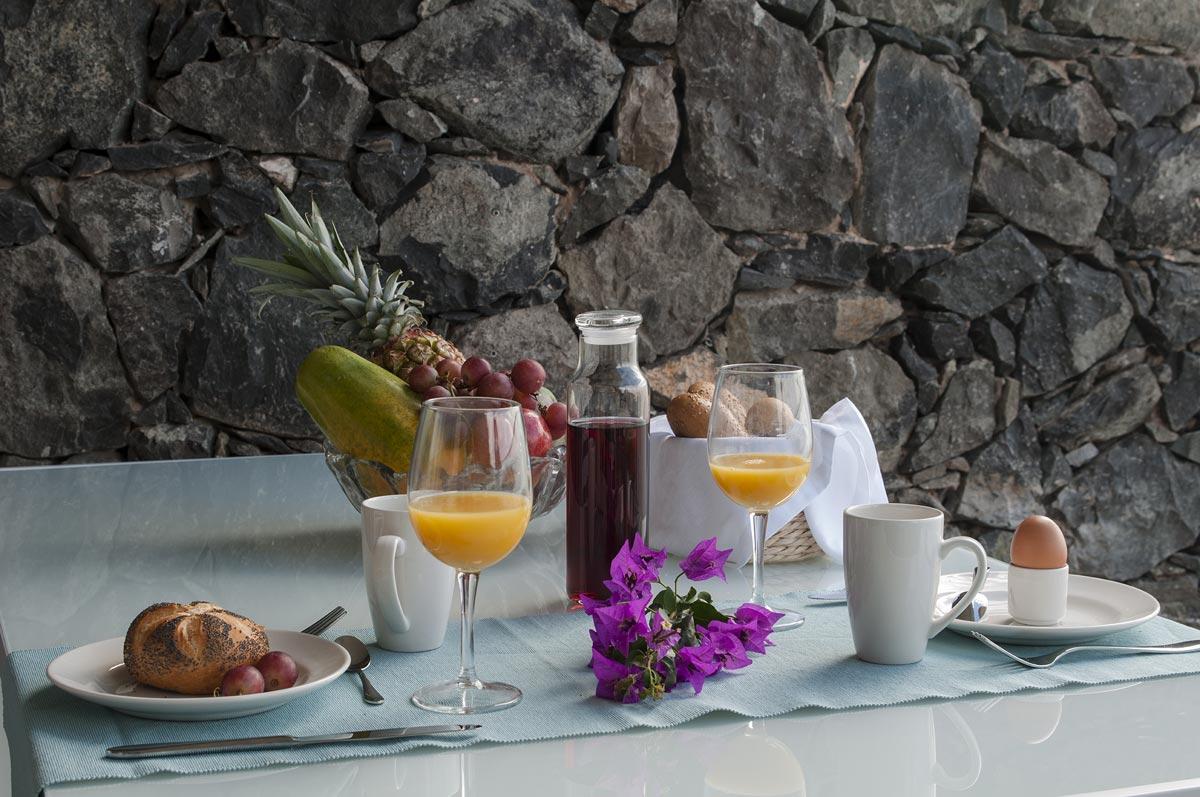 Apartamentos Buganvilla | Breakfast